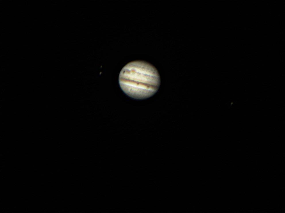 Jupiter groupe Europe et Ganimède de l'autre cote Io (Alain de Franco)